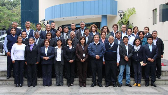 Funcionarios regionales del SENAMHI analizan plan de acción